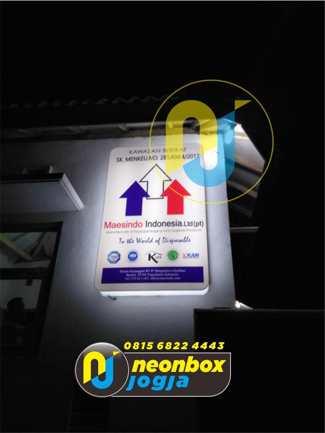 Pembuatan dan pemasangan Neon Box Jogja
